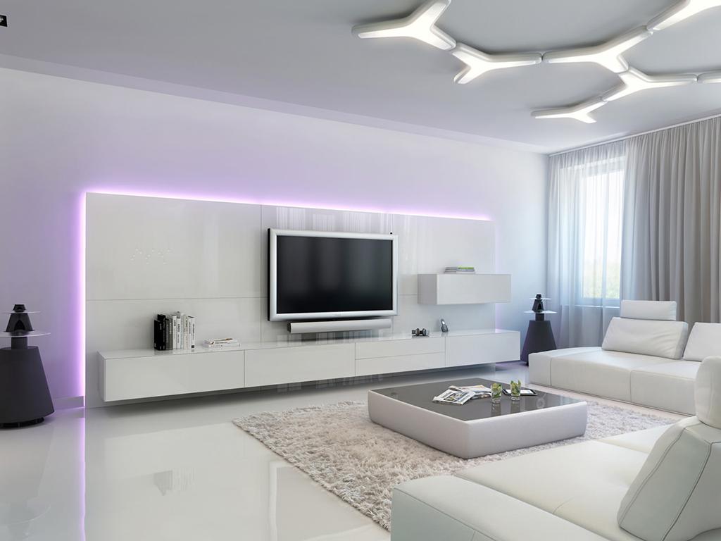 Легкие белые шторы в гостиной в стиле хай-тек