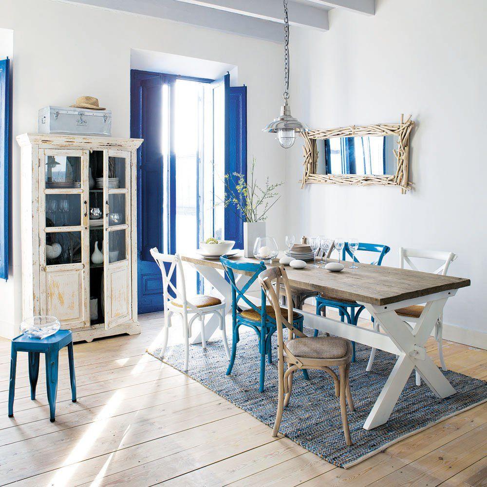 Уютная кухня в греческом стиле