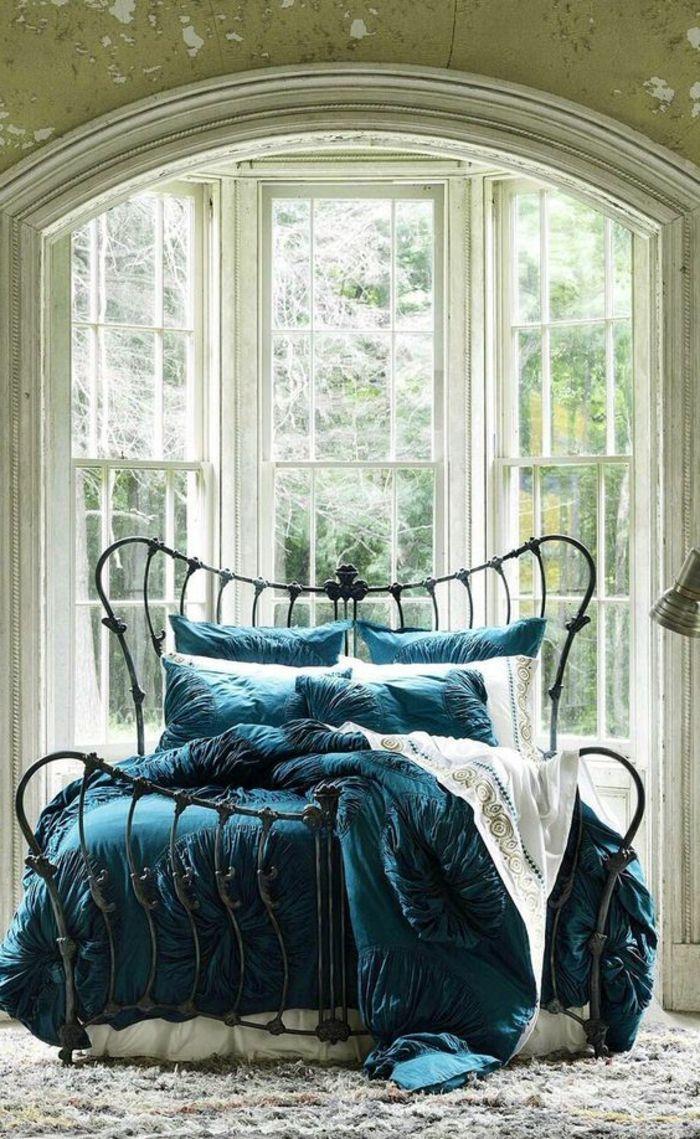 Кровать художественной ковки