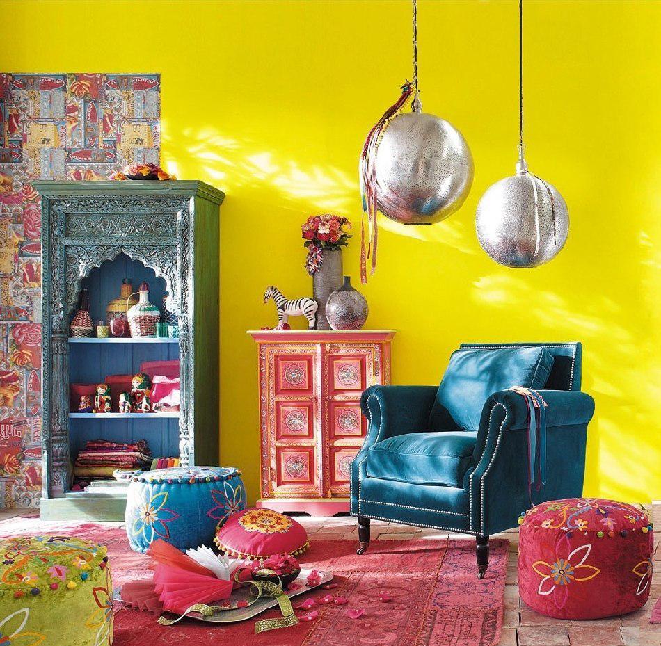 Яркие цвета - отличительный признак индийского интерьера
