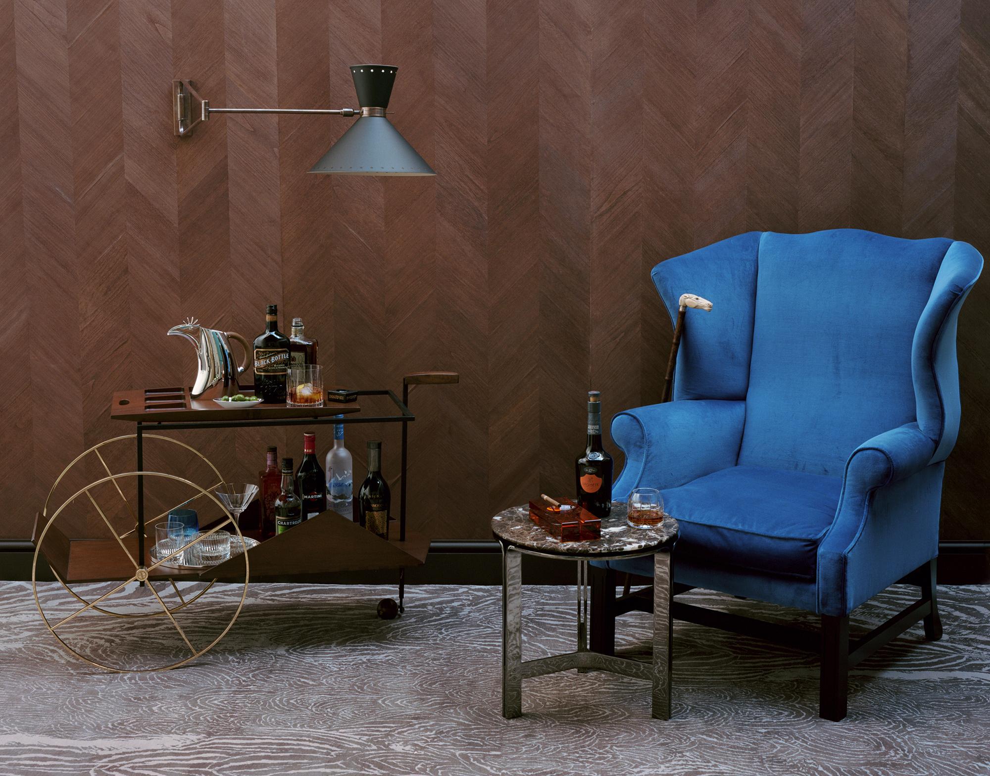 Красивое сочетание пряного и синего цвета в интерьере