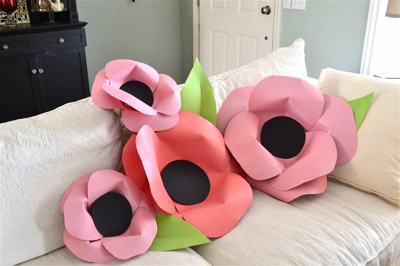 Большие цветы из бумаги для украшения комнаты ко дню рождения