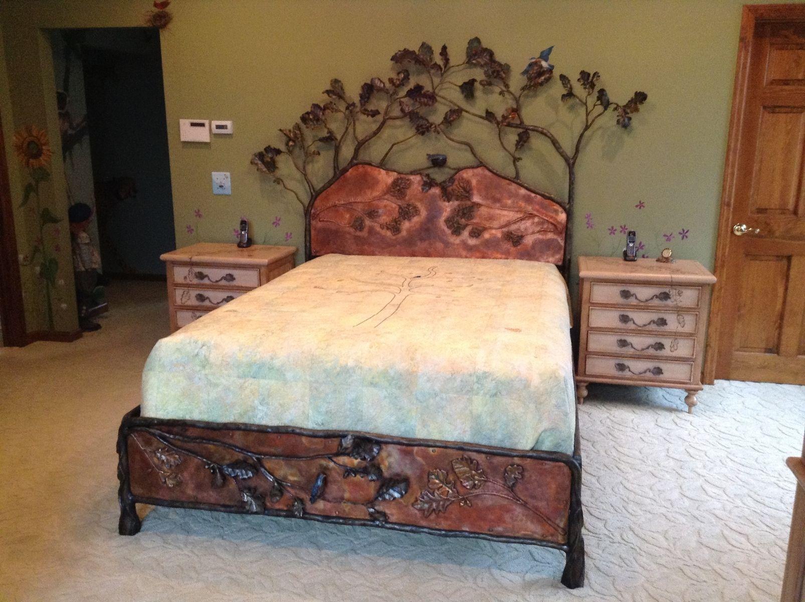 Кованая кровать в стиле кантри