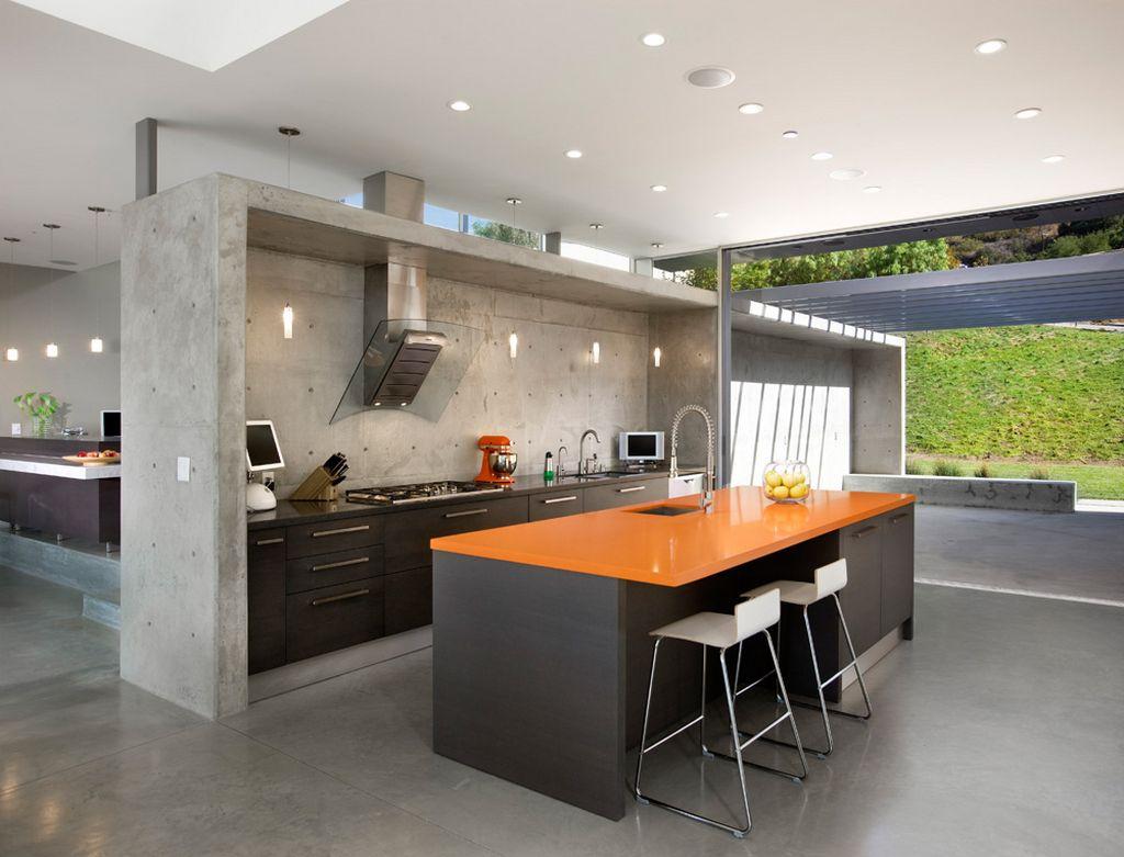 Модная кухня с островом в стиле конструктивизм