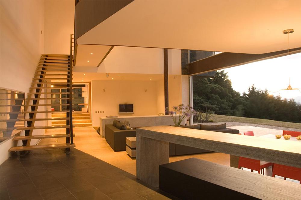 Гостиная-кухня в доме в стиле конструктивизм