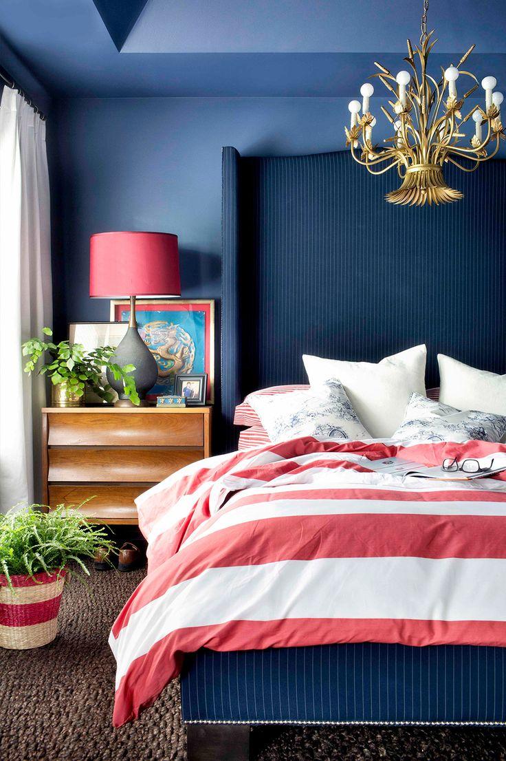 Сочетание красного и синего цветов в интерьере