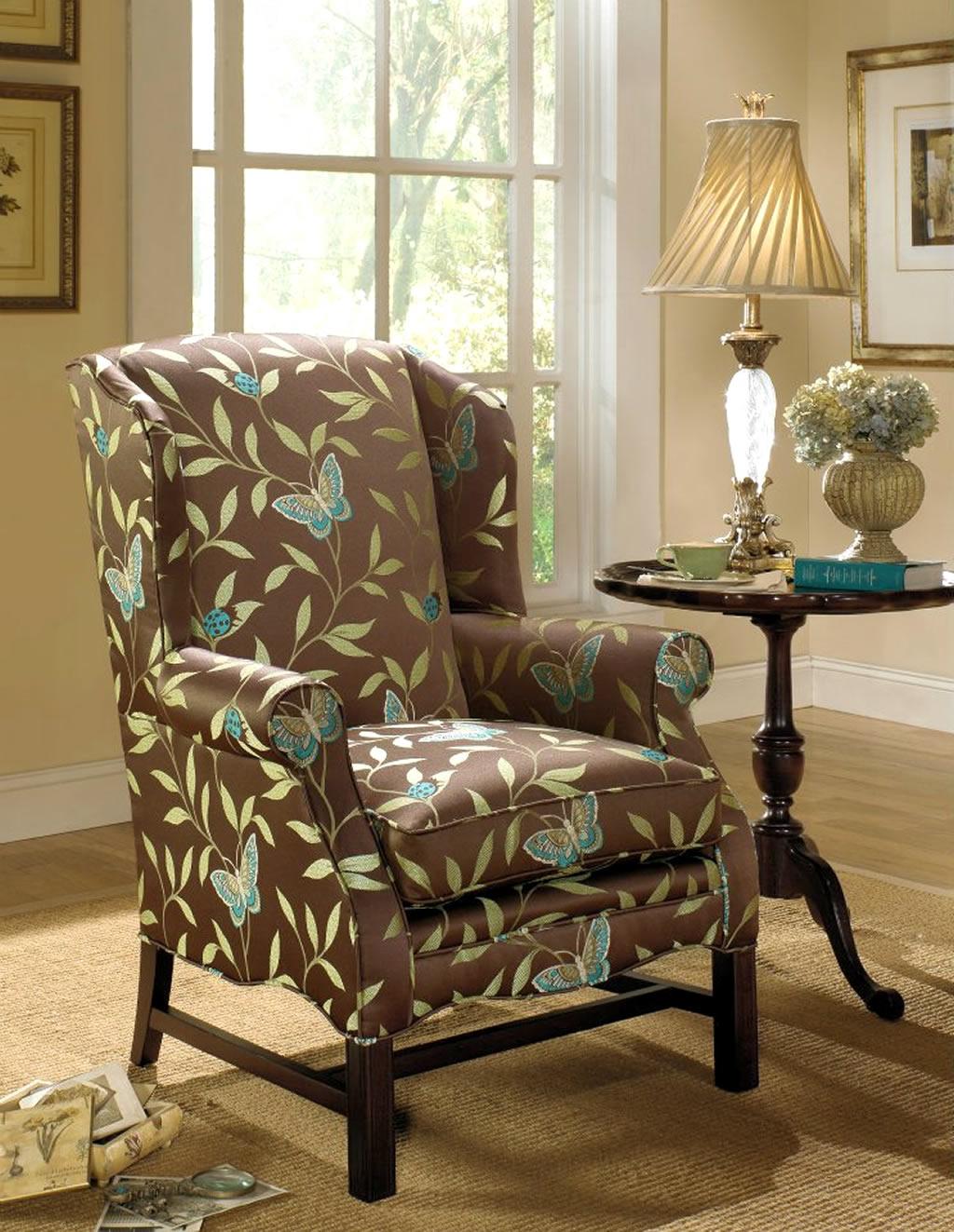 Кресло в деревенском стиле