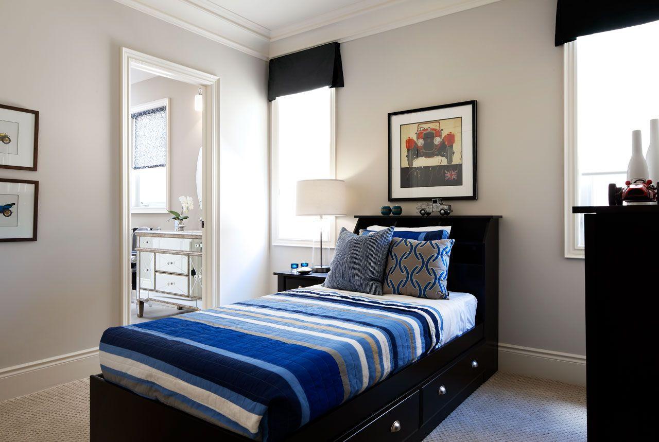 Односпальная черная кровать с ящиками