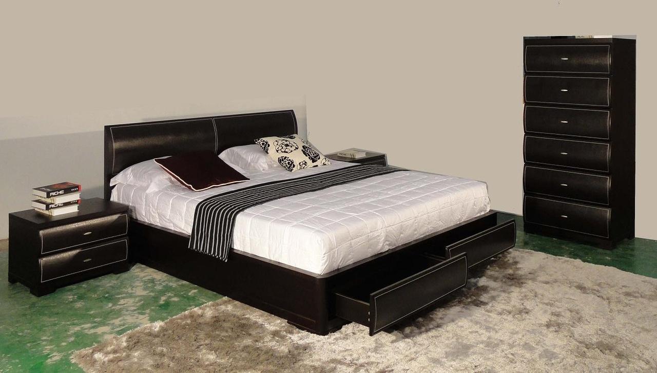 Черная стильная кровать с ящиками