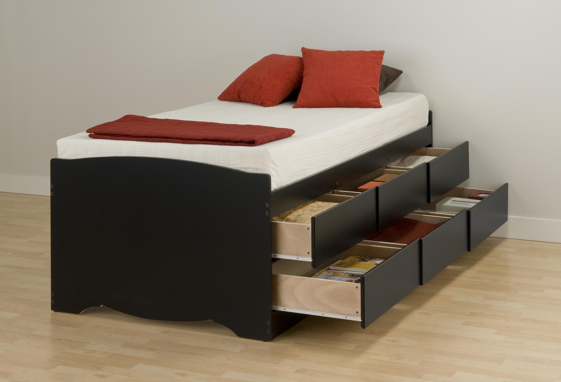 Черная высокая детская кровать с ящиками