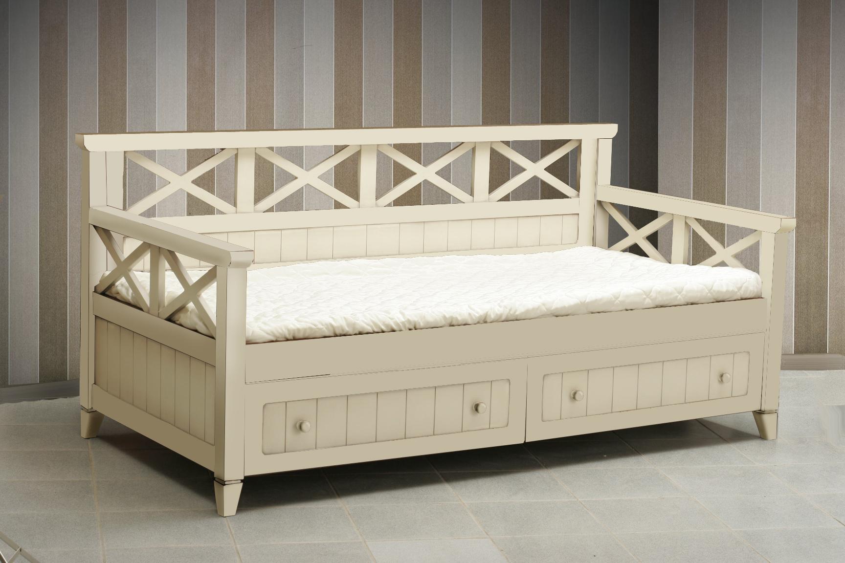 Бежевая детская кровать с ящиками