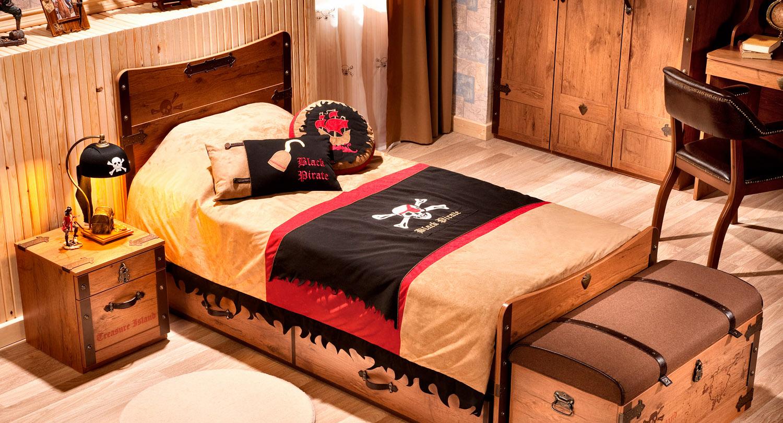 Детская кровать с ящиками для мальчика