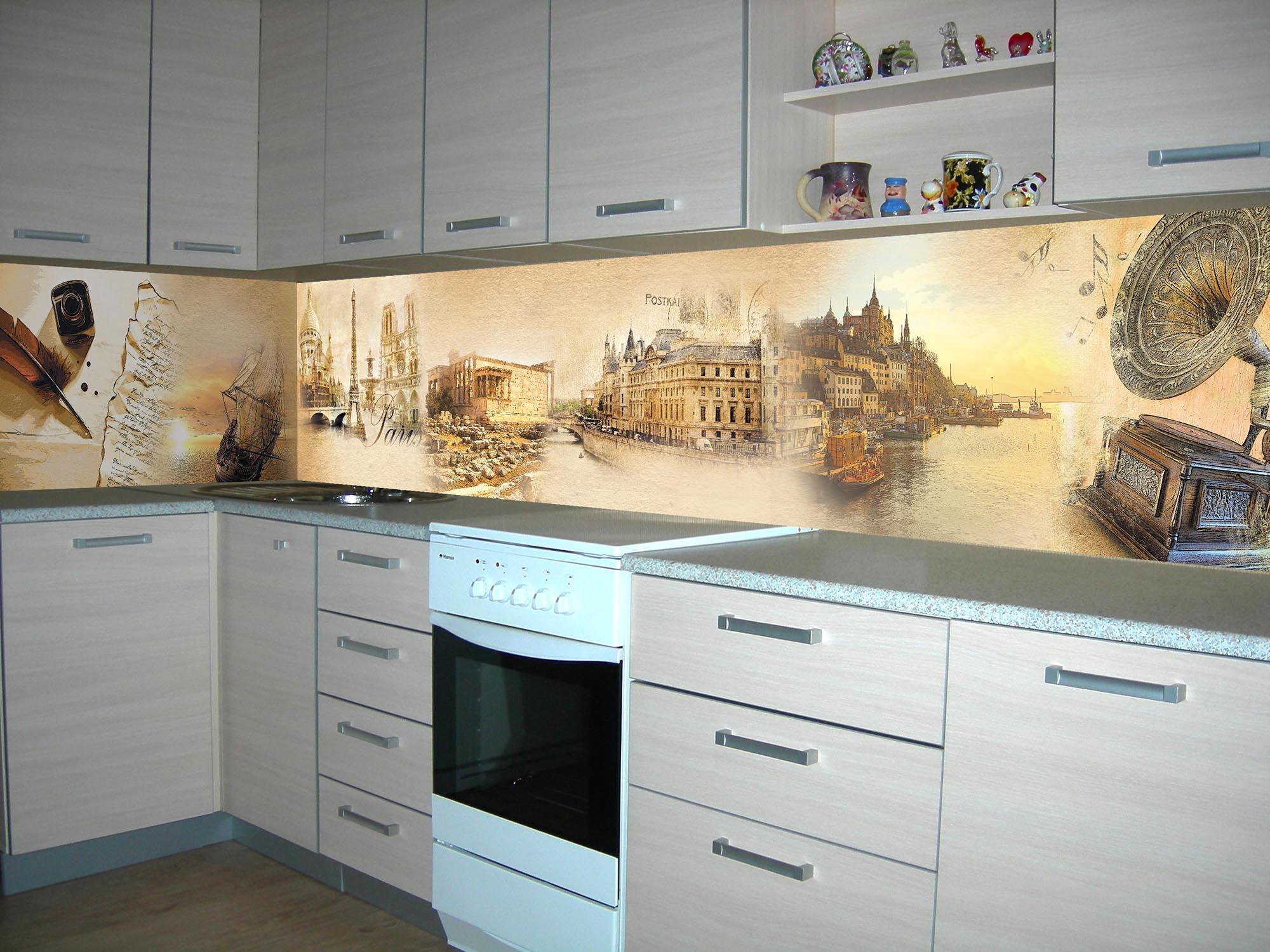 Кухонный стеклянный фартук в винтажном стиле