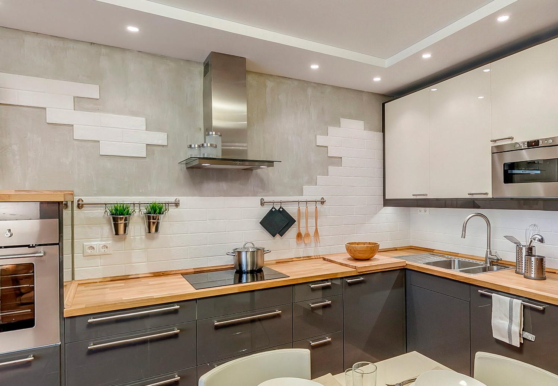 Кухонный фартук из декоративного кирпича