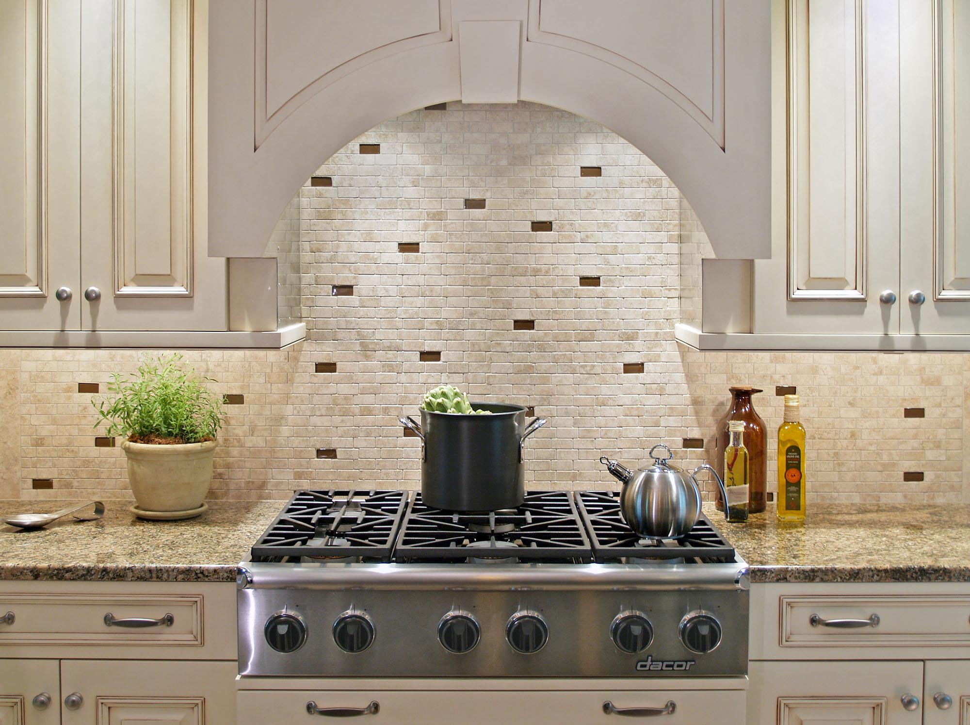 Рельефная плитка для фартука на кухне