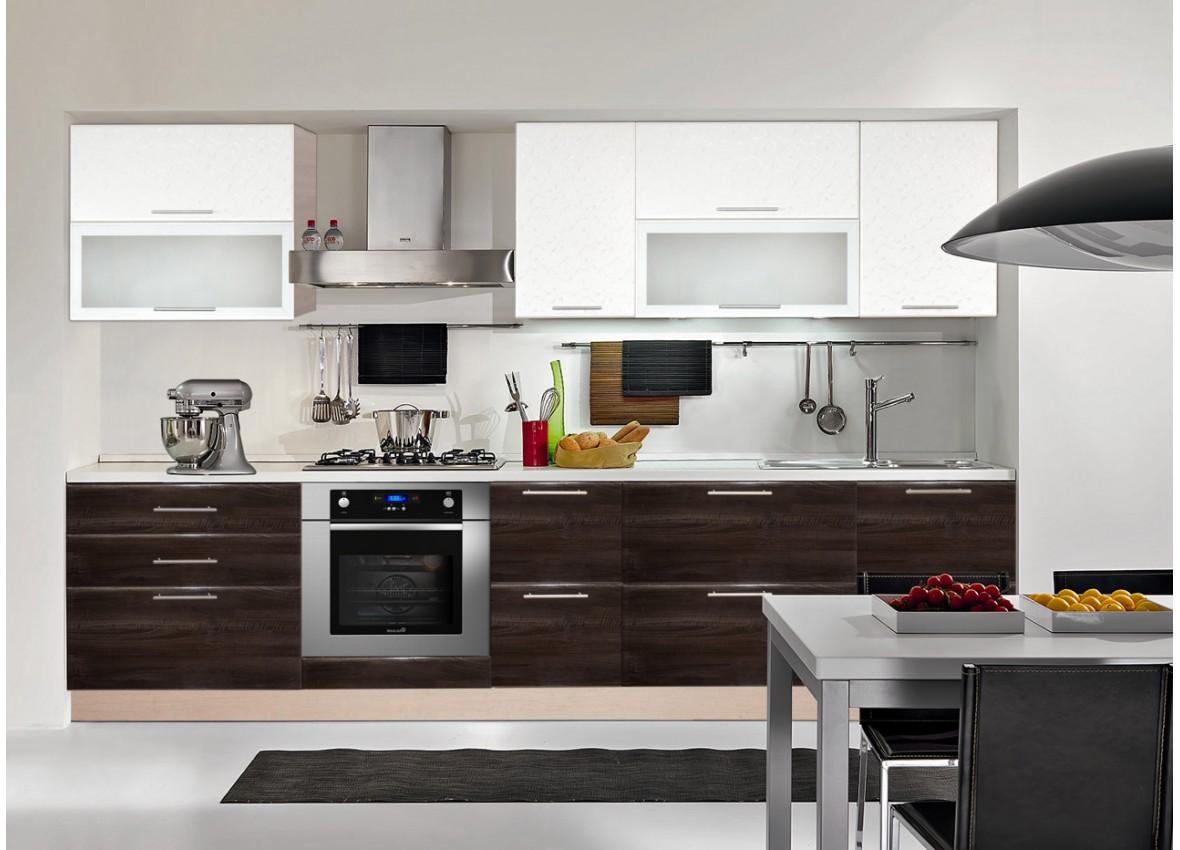 Бело-коричневая кухня в стиле модерн