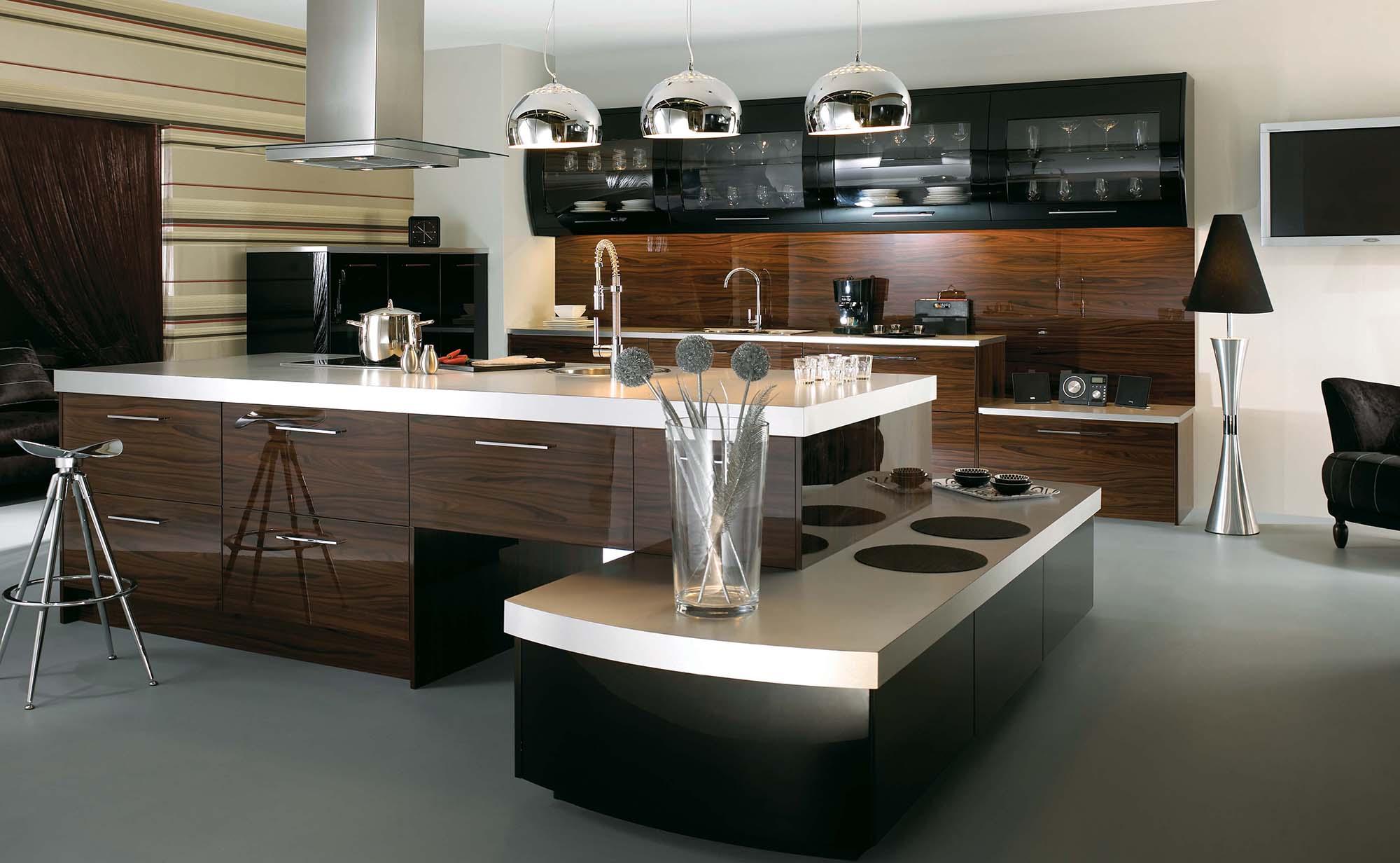Современная многоуровневая кухня в стиле модерн