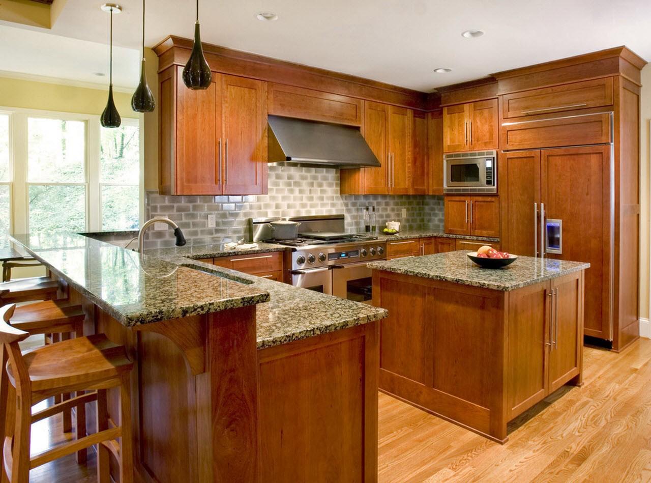 Компактная кухня в частном доме