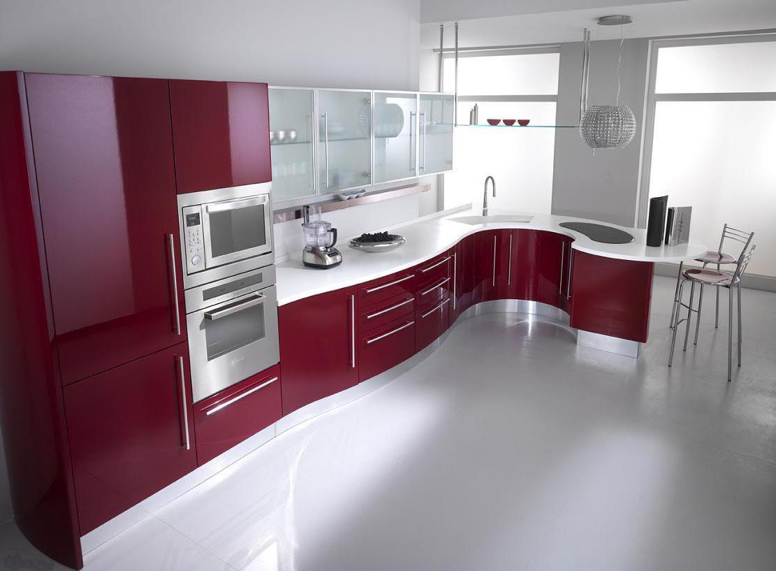 Вишнево-белая радиусная кухня