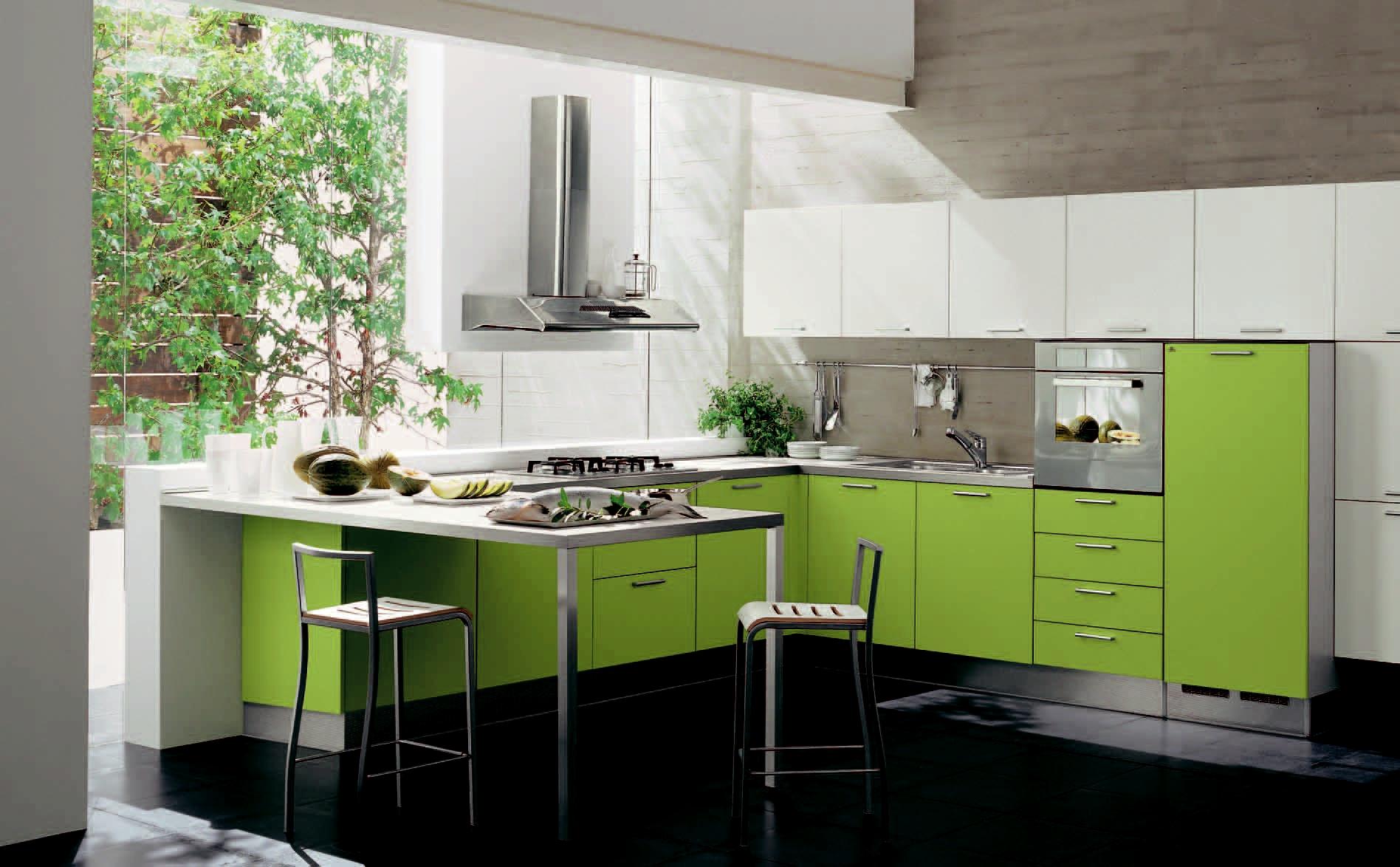 Современная зеленая кухня