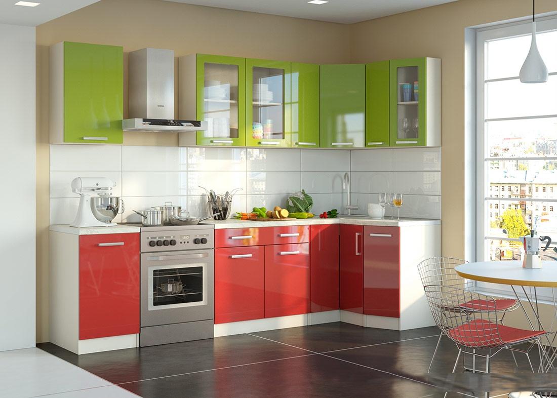 Небольшая красно-зеленая кухня