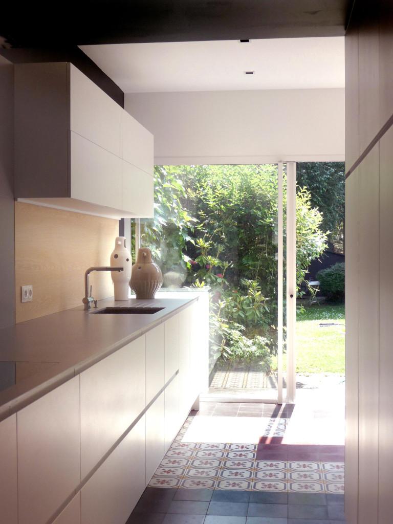 Кухня маленькая в частном доме