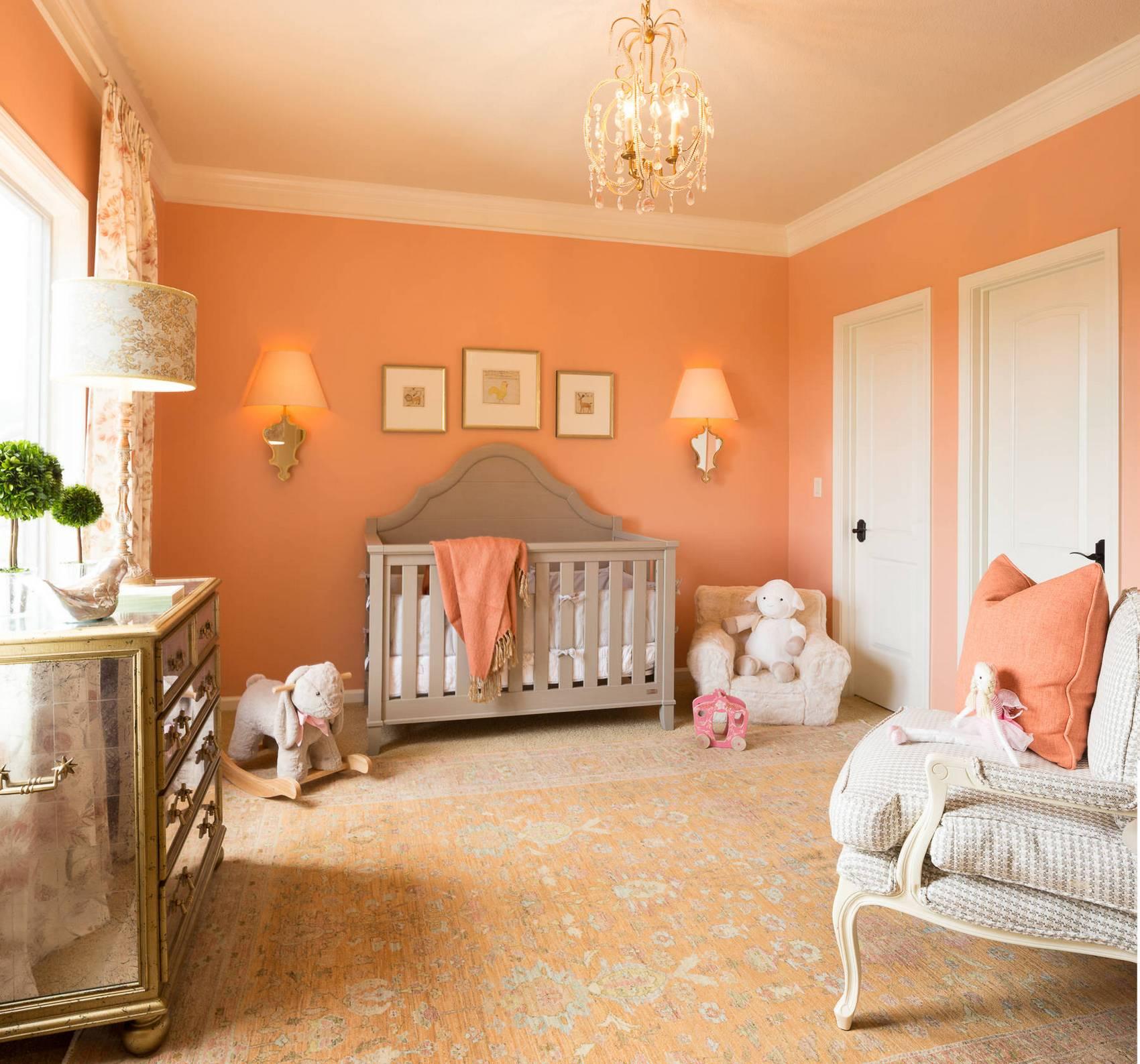 Персиковый цвет в интерьере комнаты малыша