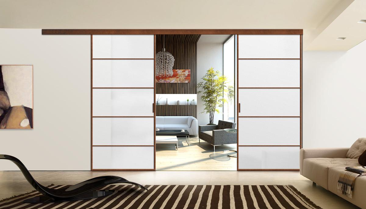 Коричнево-белые раздвижные двери