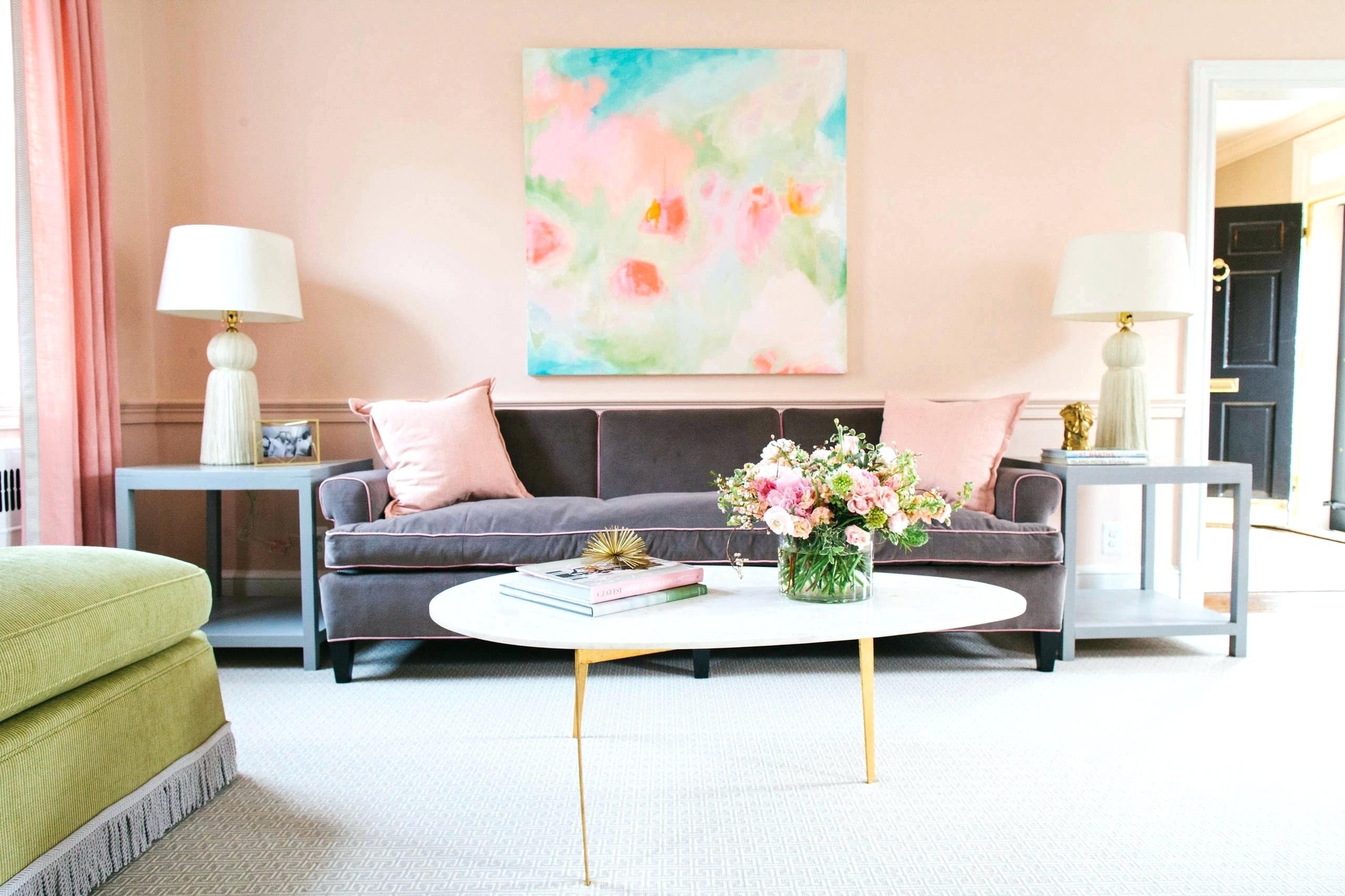 Персиковый цвет в интерьере модерн