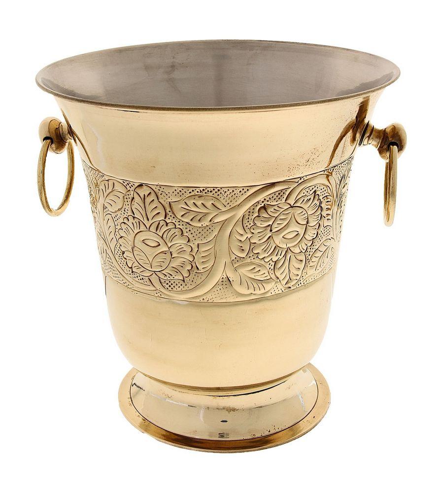 Декоративная металлическая чаша