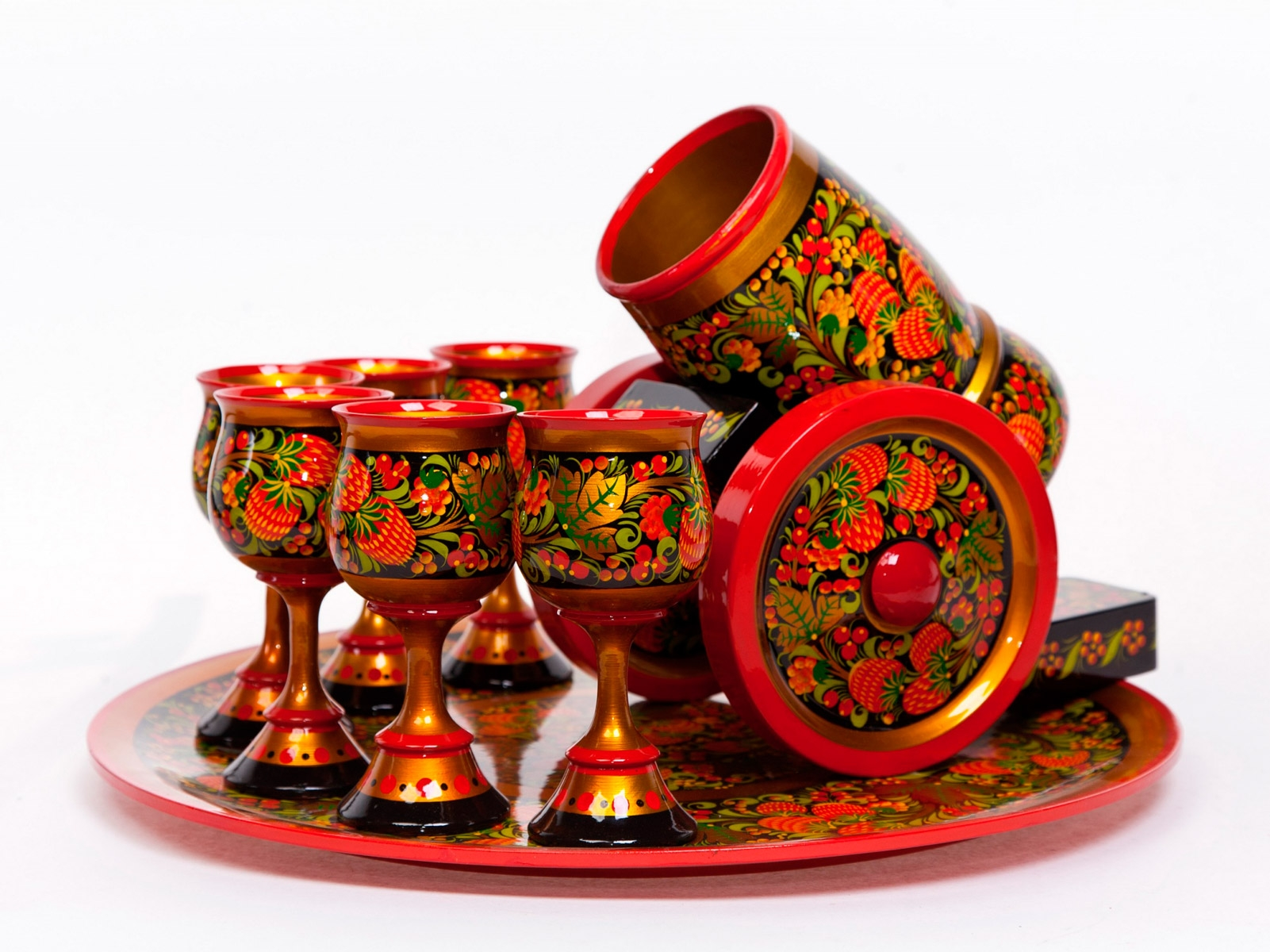 Посуда для декора с росписью в русском народном стиле