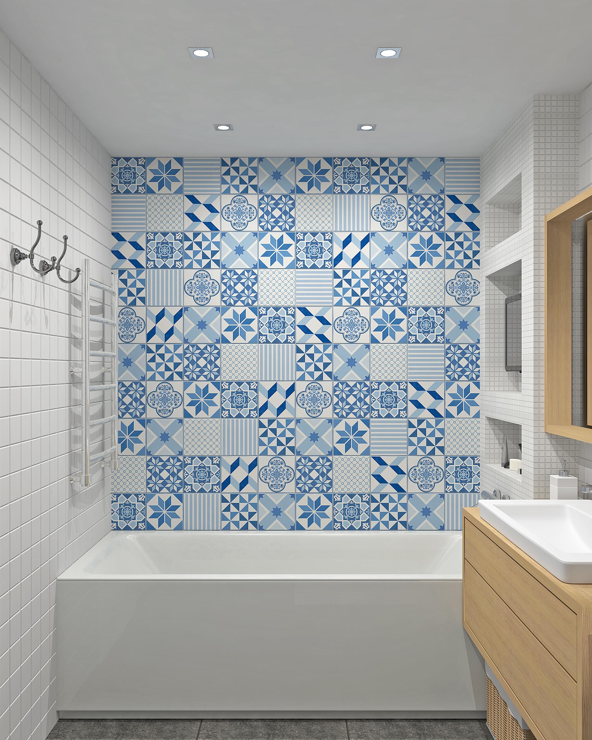 Раскладка бело-синей плитки в ванной в технике пэчворк