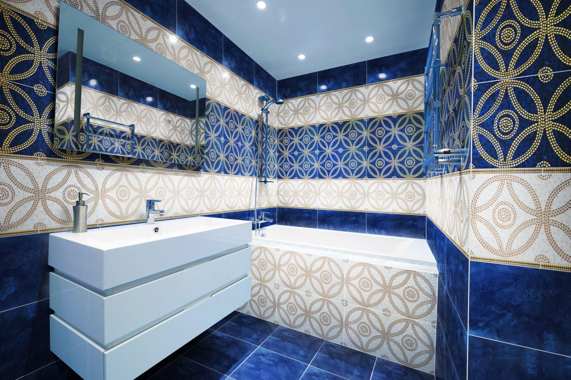 Яркий восточный стиль в интерьере ванной