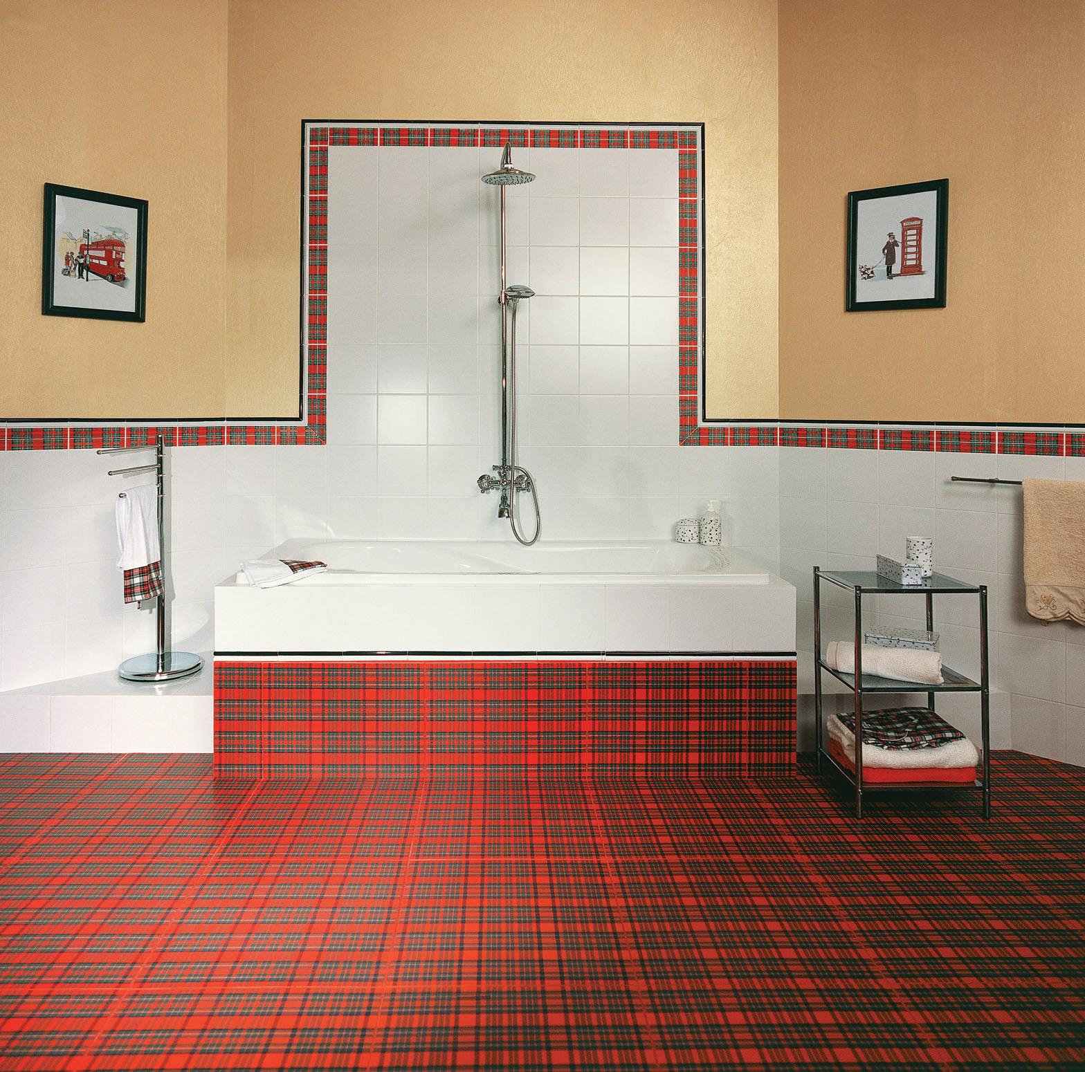 Необычная плитка в клетку в дизайне ванной