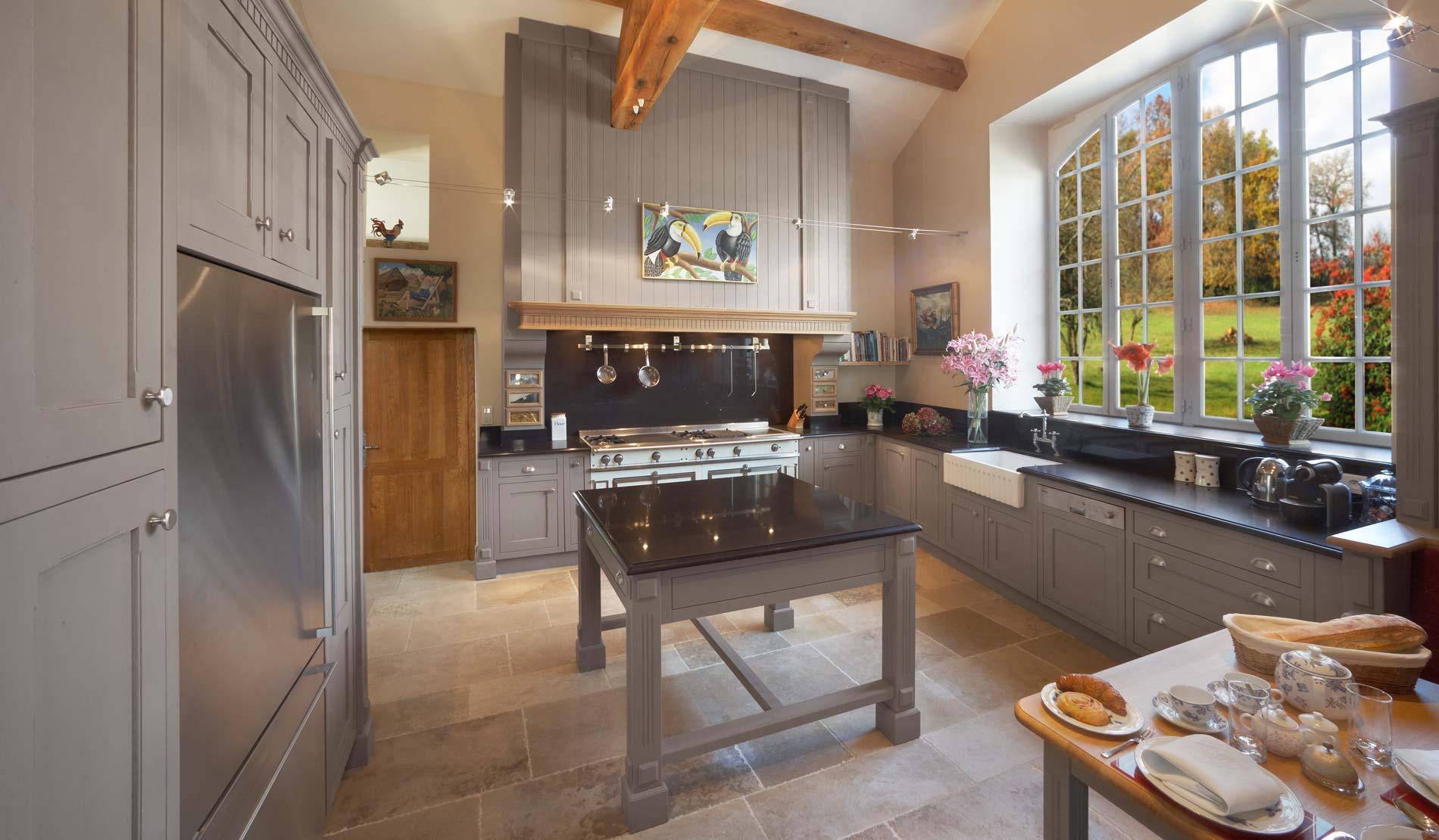 Кухня ретро в частном доме