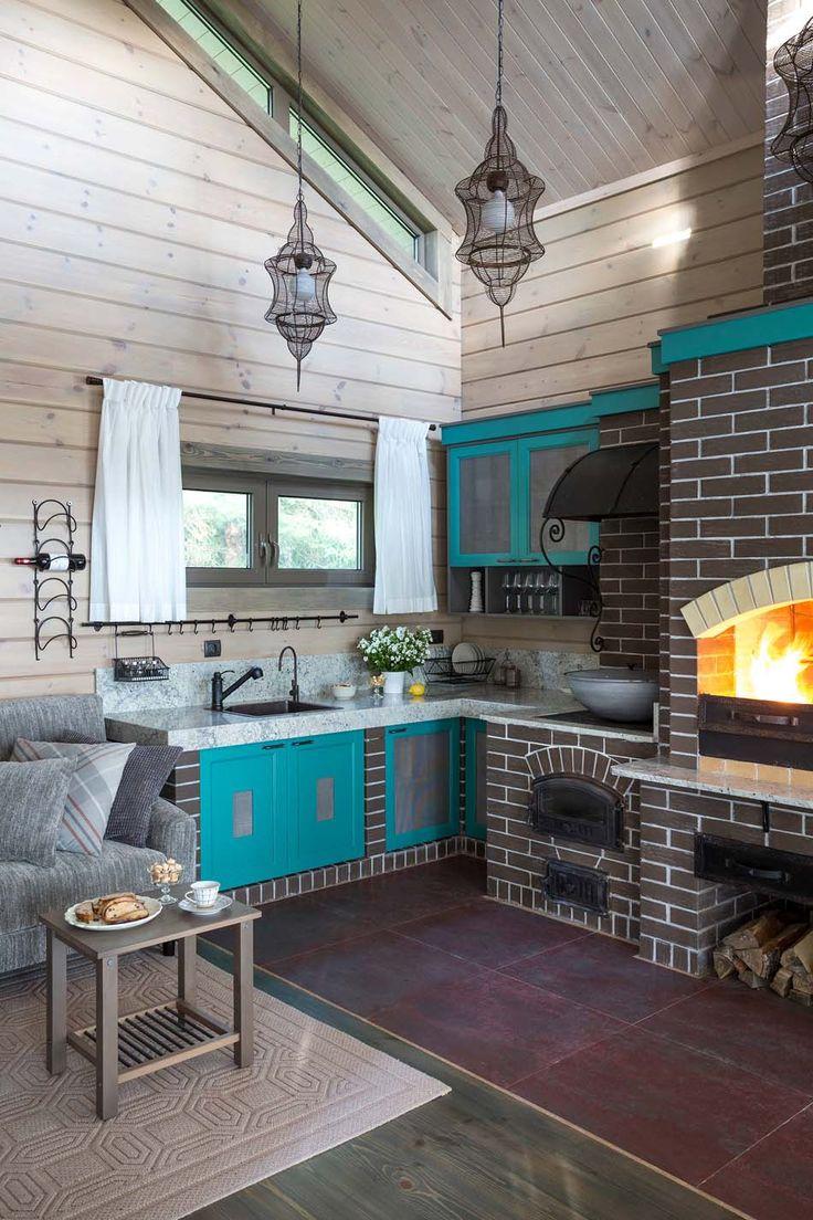 Кухня в стиле шале в частном доме