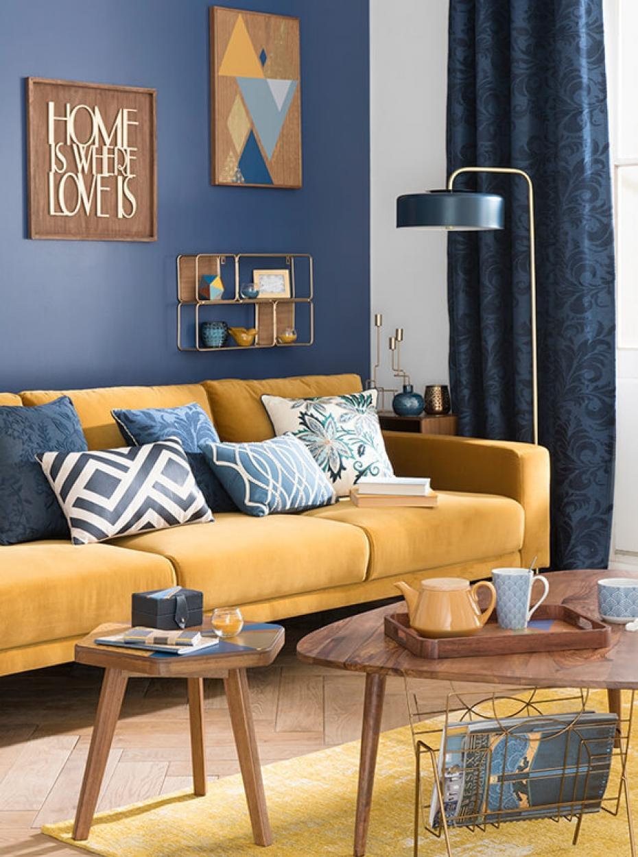 Сочетание синего и желтого цветов в интерьере