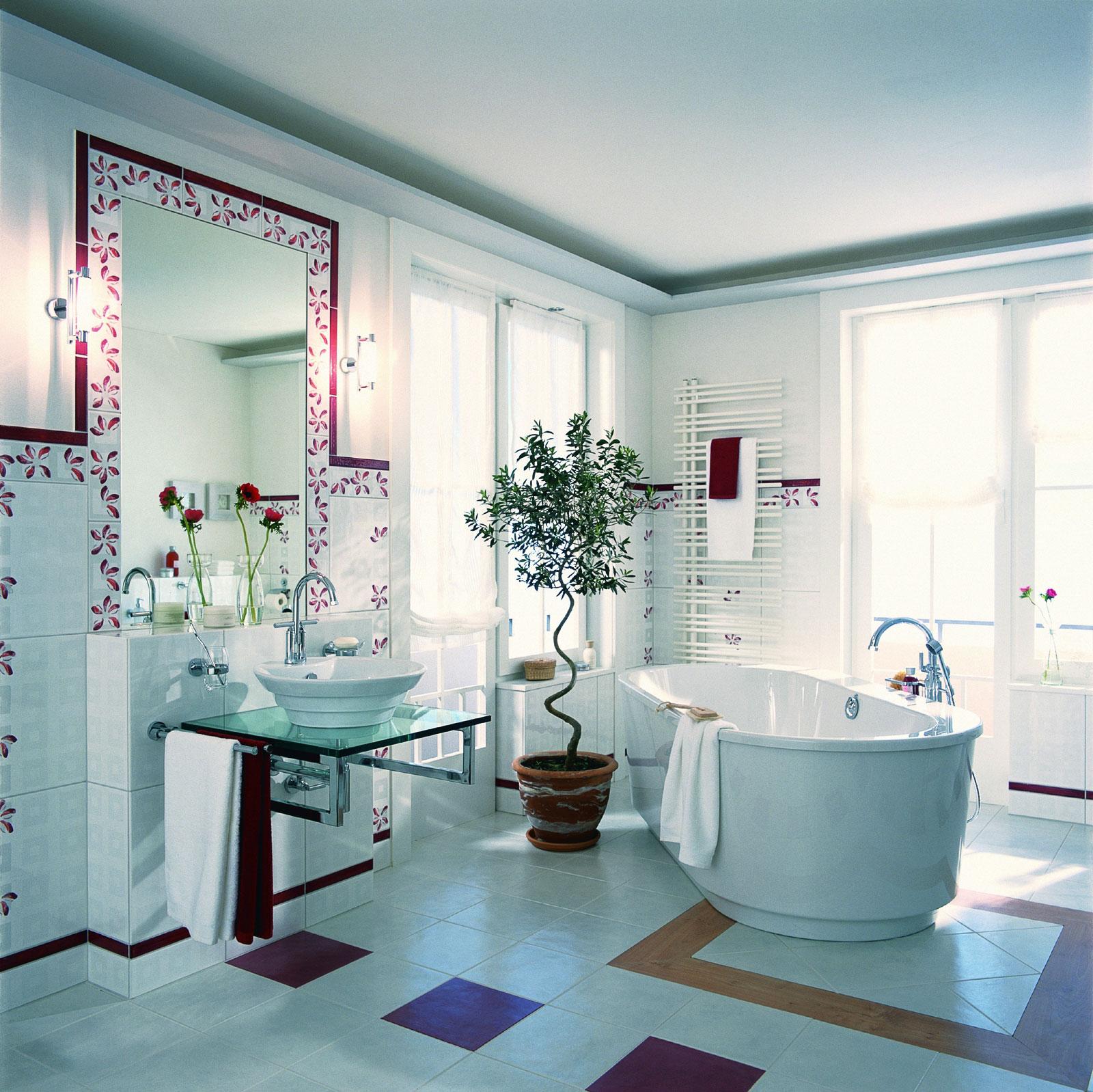 Бело-сиреневая ванная