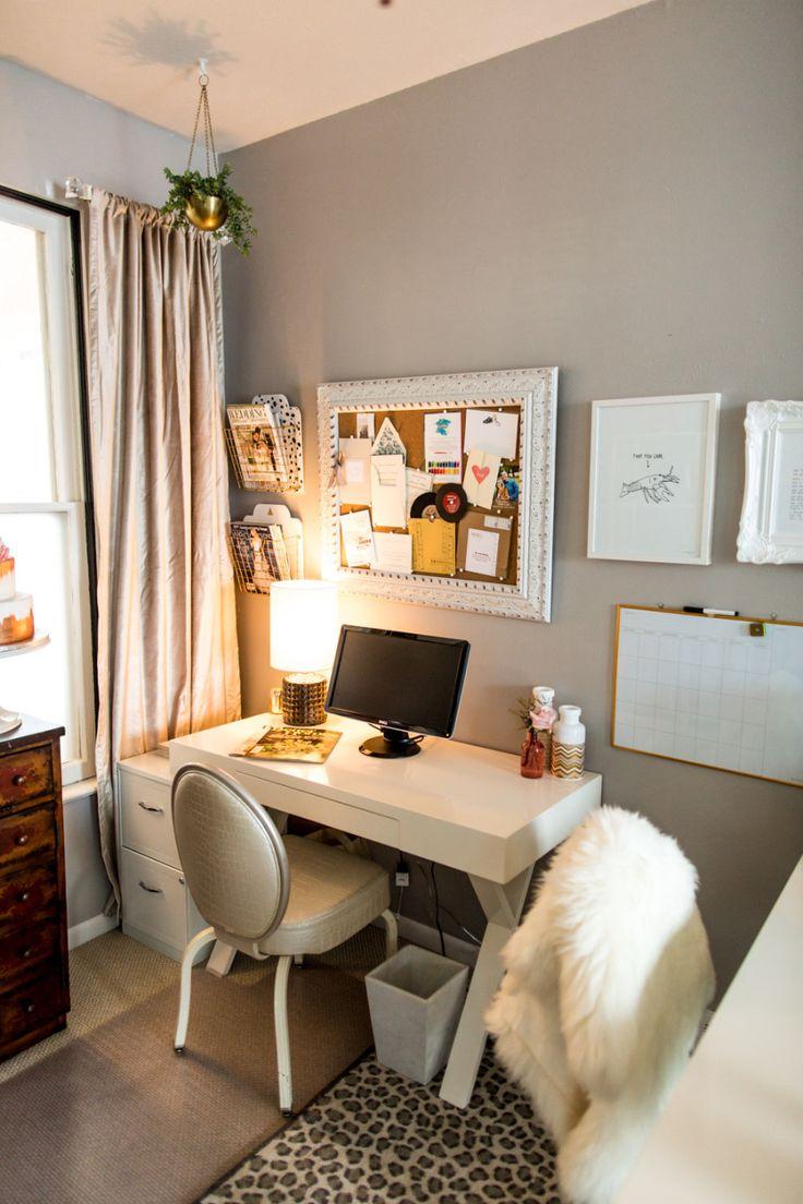 Спальня с рабочим кабинетом в современном стиле