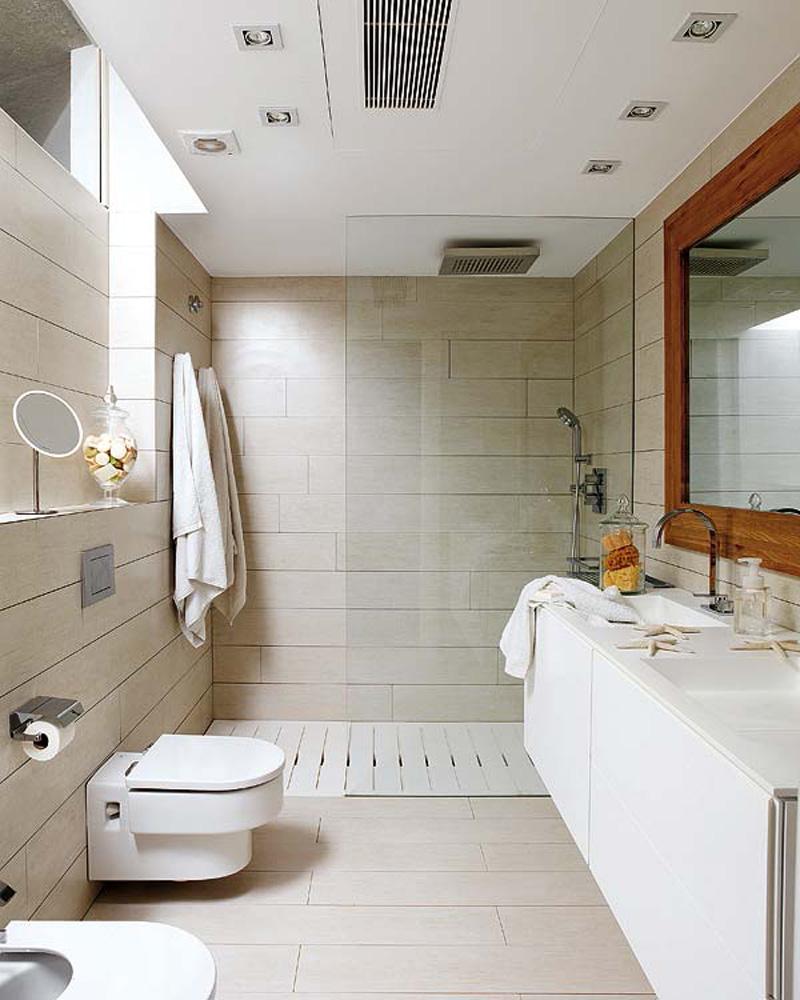 Бежево-белая современная ванная