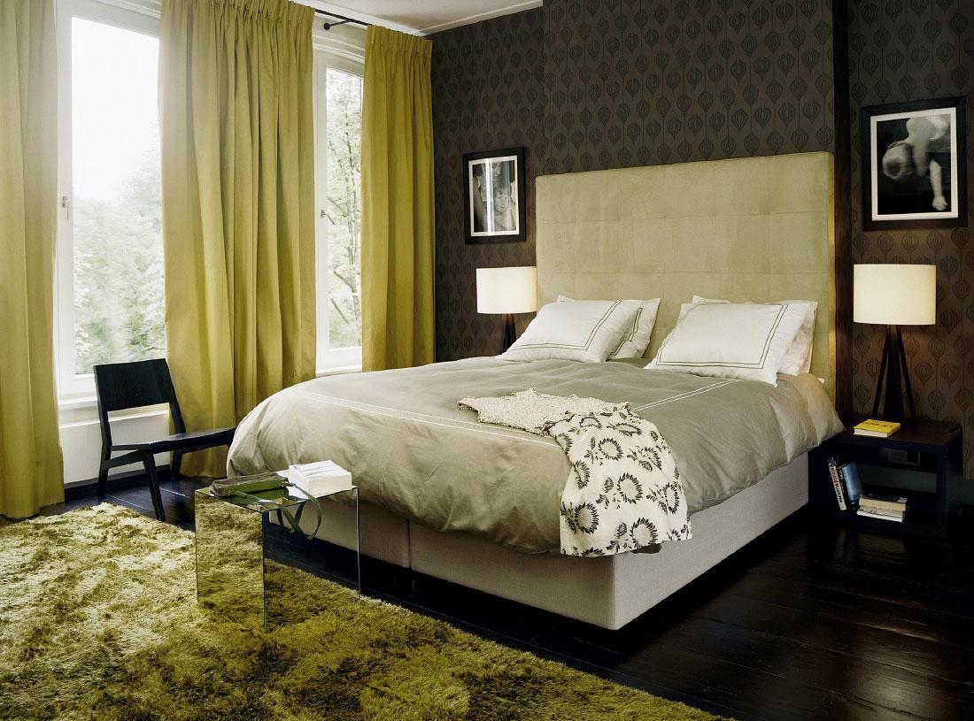 Прикроватные лампы в спальне