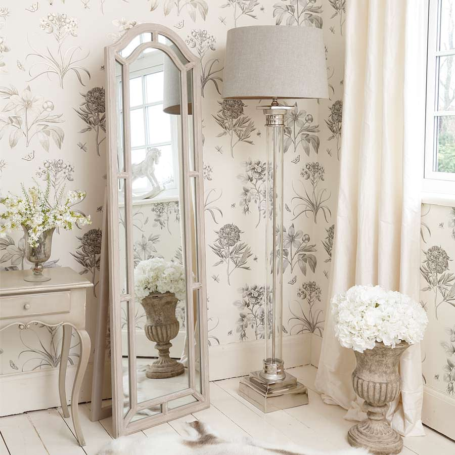 Красивый декор для спальни в стиле прованс