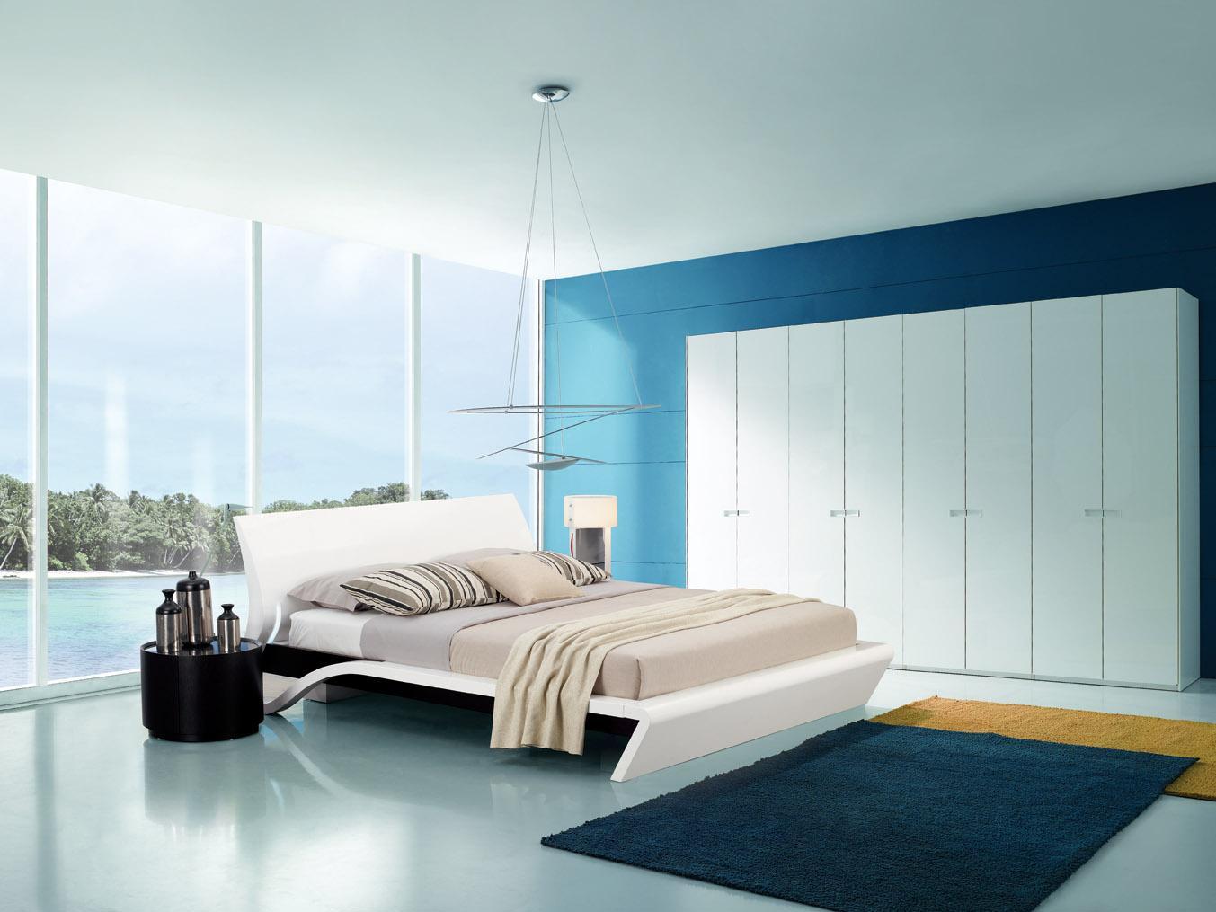 Бело-голубая спальня в стиле модерн
