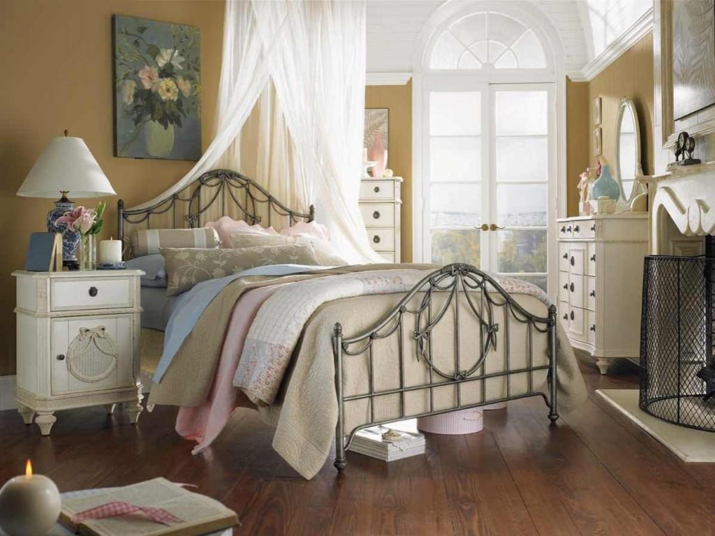 Коричневые стены в спальне в стиле шебби-шик