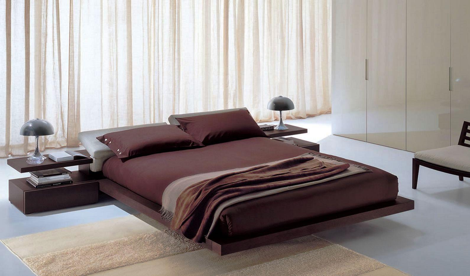Бордовое постельное белье в спальне в стиле хай-тек