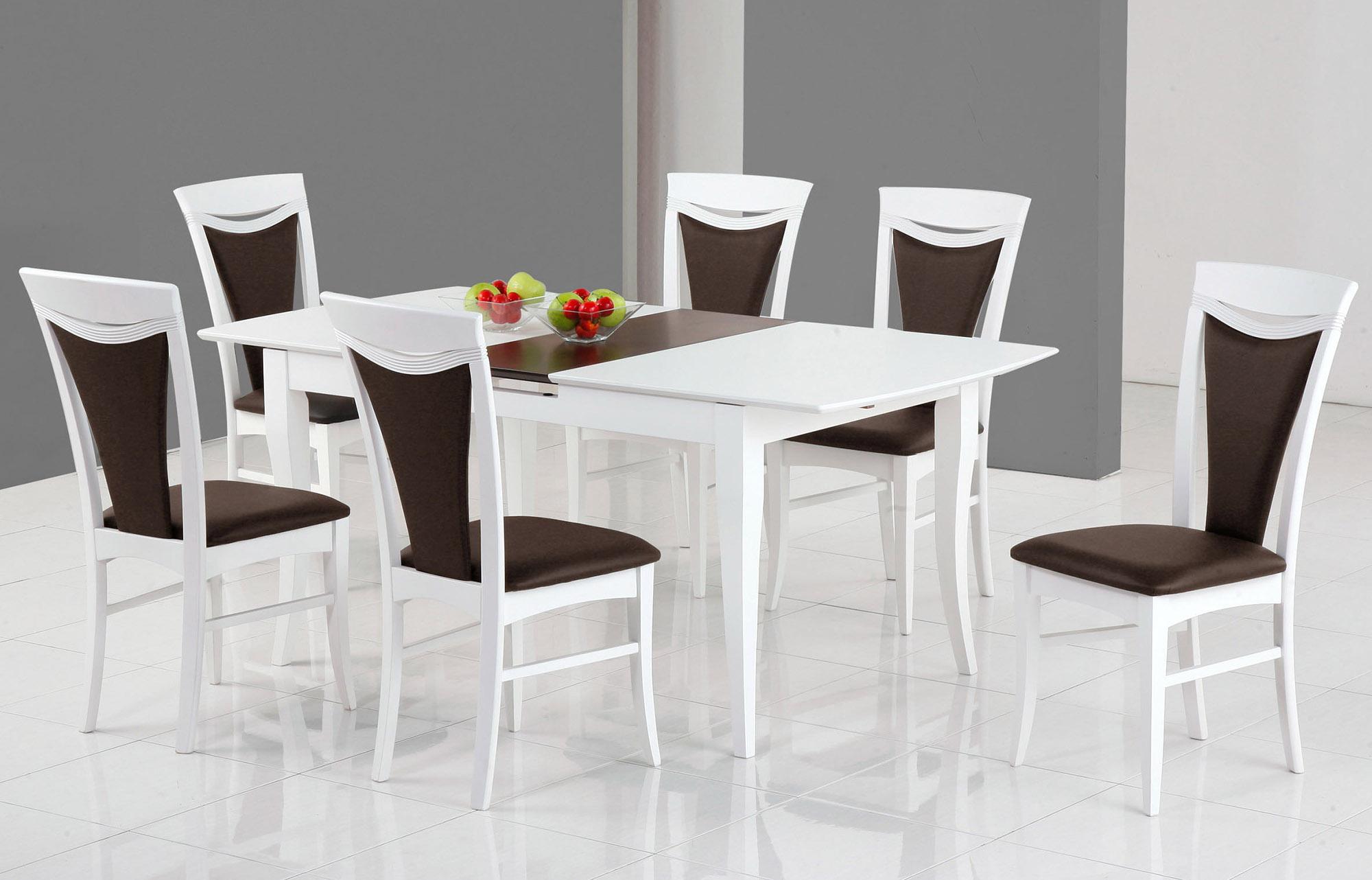 Бело-коричневые обеденные стулья