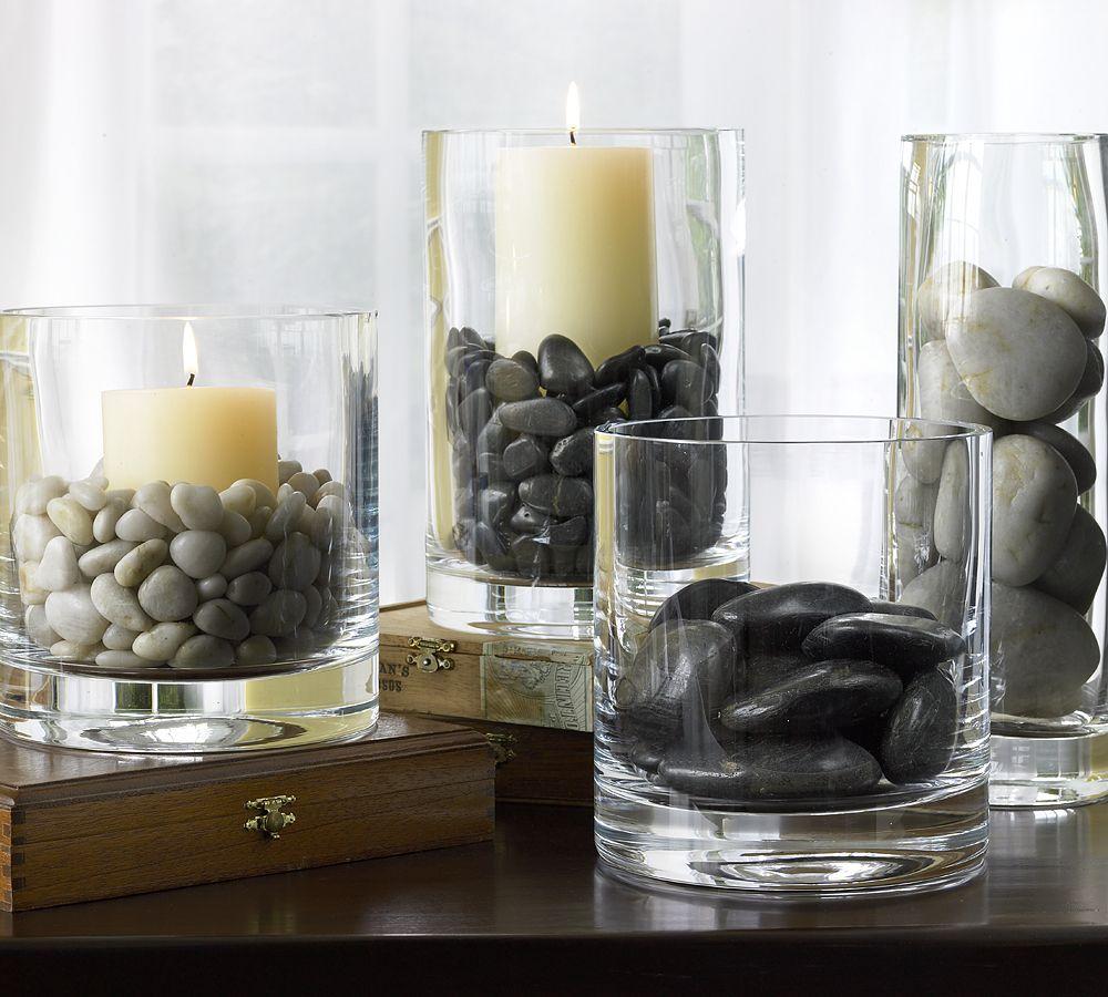 Красивое сочетание камней, стекла и свечей