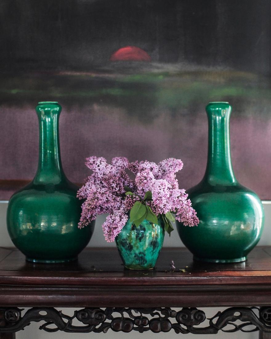 Яркие зеленые вазы