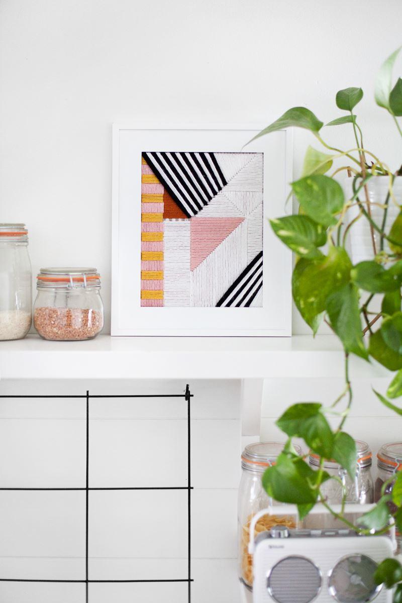 Современная геометрическая вышивка для украшения интерьера