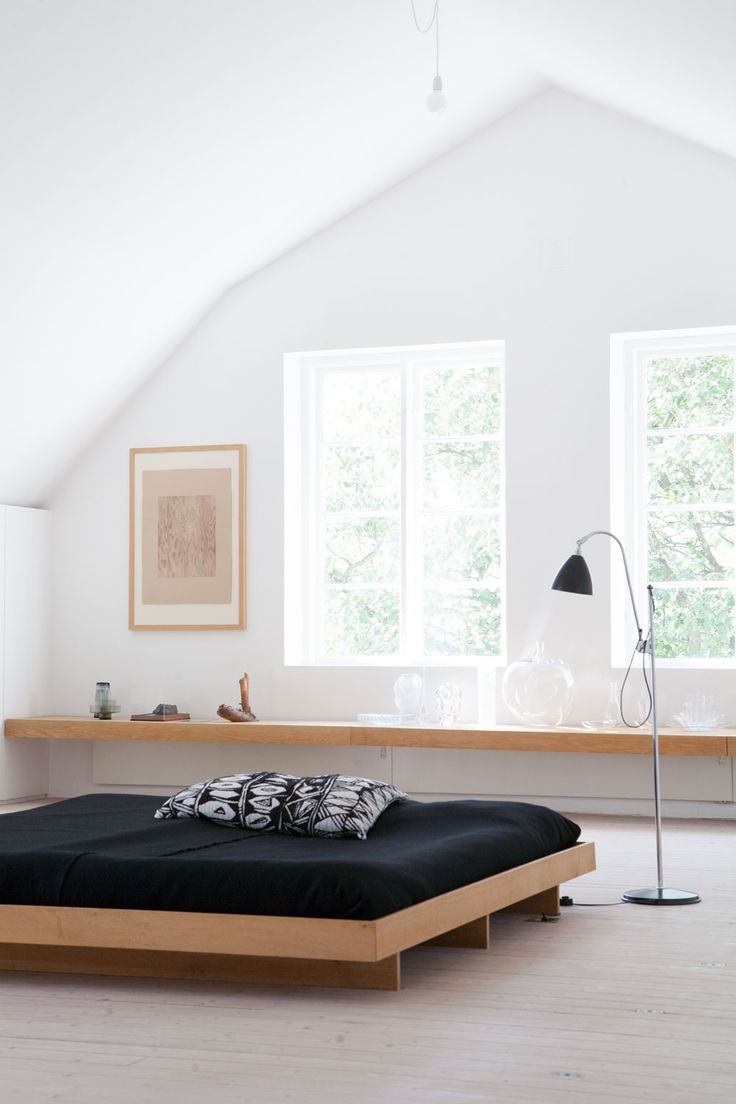 Светлая спальня в японском стиле